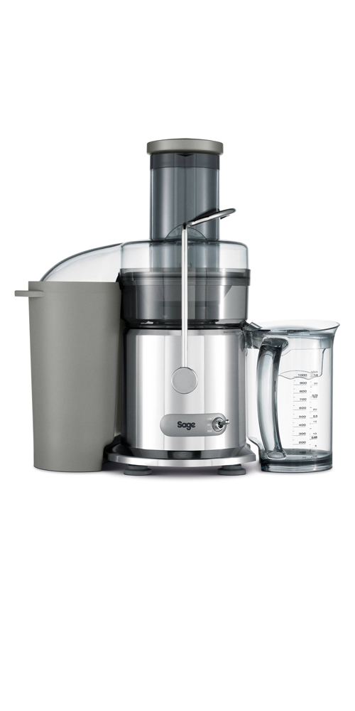 the Nutri Juicer® in silver 1l juice jug with froth separator