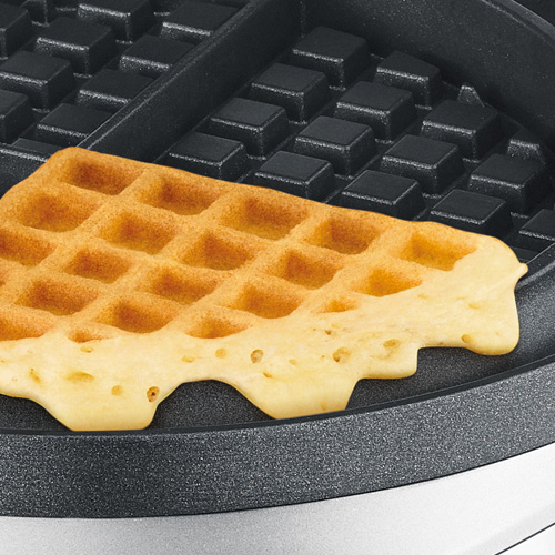 the No-Mess Waffle™ in Brushed Stainless Steel no mess moat